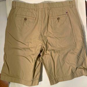 Tommy Hilfiger Shorts - Men's Tommy Hilfiger Khaki Shorts